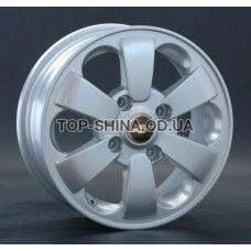 Replay Chevrolet (GN32) 5,5x14 4x114,3 ET44 DIA56,6 (silver)