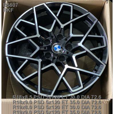 Диски Replica BMW (B5607) 8,5x18 5x120 ET30 DIA72,6 (BKF)