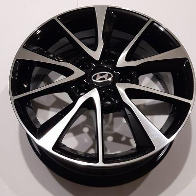 Диски Replay Hyundai (HND277) 6,5x16 5x114,3 ET50 DIA67,1 (BKF)