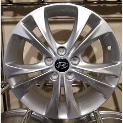 Диски Replica Hyundai (ZY716) 6,5x17 5x114,3 ET46 DIA67,1 (silver)