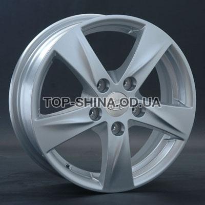 Диски Replay Hyundai (HND58) 6x15 5x114,3 ET46 DIA67,1 (silver)