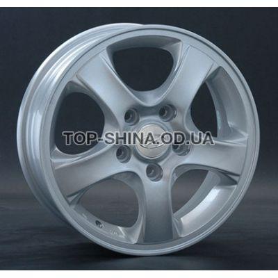 Диски Replay Hyundai (HND66) 5,5x15 5x114,3 ET47 DIA67,1 (silver)