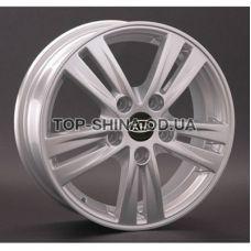 Replay Kia (KI31) 5,5x15 5x114,3 ET41 DIA67,1 (silver)
