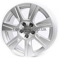 Audi (R158) silver