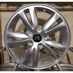 Hyundai (ZY638) silver