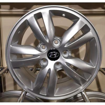 Диски Replica Hyundai (ZY638) 6,5x16 5x114,3 ET47 DIA67,1 (silver)