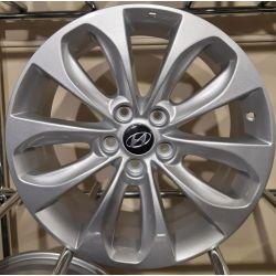 Hyundai (ZY802) silver