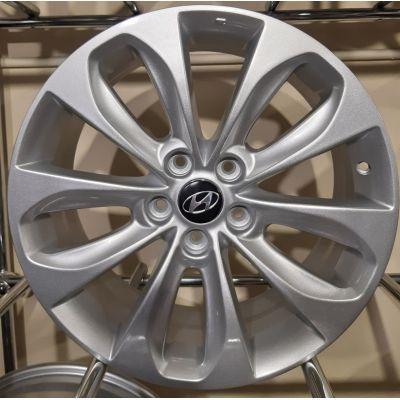 Диски Replica Hyundai (ZY802) 7,5x18 5x114,3 ET48 DIA67,1 (silver)